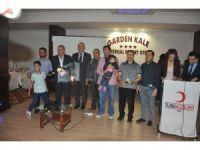 Kan bağışında bulunanlar Türk Kızılayı tarafından madalyayla ödüllendirildi