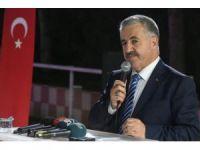 Bakan Arslan, Ulaştırma Bakanlığı personeliyle iftarda bir araya geldi