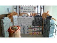 Erzurum'da 10 bin paket kaçak sigara ile bin 500 kg nargile tütünü ele geçirildi