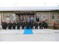 Genelkurmay Başkanı Akar, Eruh'ta askerlerle iftar yaptı