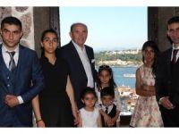 Başkan Topbaş, Hakkarili Yağmur'u Galata Kulesi'nde ağırladı
