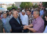 Bakan Çavuşoğlu, Korkuteli'de vatandaşlarla bayramlaştı
