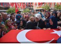 Şırnak'ta şehit olan Trabzonlu asker son yolculuğuna uğurlandı