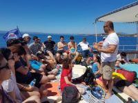 Aşırı sıcaklarda serinlemek isteyenler dalış turlarına büyük ilgi gösteriyor
