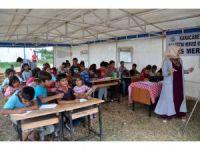 Mevsimlik işçilerin çocukları için çadır okul