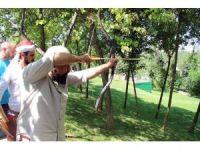 Ümraniye'de  kursiyerler kabza alma töreniyle usta okçu oldu