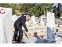 Başbakan Yıldırım, KKTC'de Boğaz Şehitliği'ni ziyaret etti