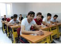 Ortadoğu'nun kan gölünden kaçıp Diyarbakır'da huzuru buldular