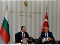 """Bakan Fakıbaba: """"Bulgaristan'la problemler en kısa zamanda aşılacak"""""""