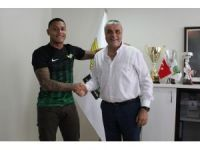 Akhisar Belediyespor, Henrique'yi renklerini bağladı