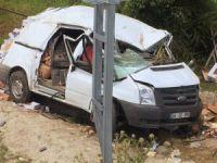 Kastamonu'da minibüs şarampole uçtu: 1 ölü, 1 yaralı
