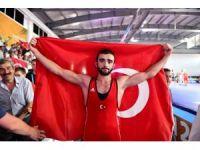 Güreşte Türkiye'nin altın Yiğit'i