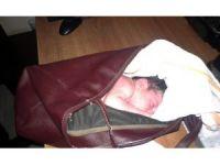 Adana'da yeni doğmuş bebeği çöpe bıraktılar