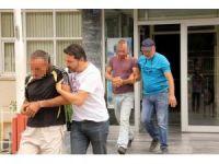 Samsun'da sokak satıcılarına operasyon: 3 gözaltı