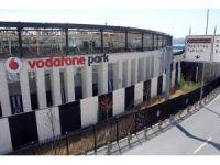 'Vodafone Arena'da isim değişikliği sonrası tabela da değişti