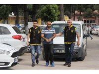 Kiralık araçla 45 TL ve telefon çaldı, aracı teslim etmeye geldiğinde tutuklandı