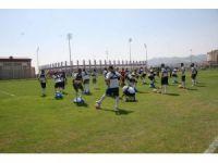 Denizlispor, yeni sezon hazırlıklarını Afyonkarahisar'da sürdürüyor