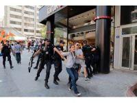 Başkent'te Gülmen ve Özakça eylemine biber gazlı müdahale