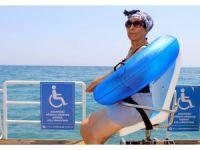 Büyükşehir Belediyesi engellileri denizle buluşturdu