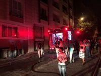 Esenyurt'ta bir binanın çatı katında büyük yangın çıktı