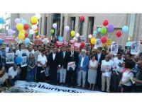 İstanbul Adliyesi önünde Cumhuriyet çalışanlarına destek eylemi