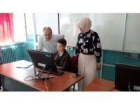Milli Eğitim Müdürü Durmuş, tercih danışmanlığı hizmeti veren okul ve kurumlarda