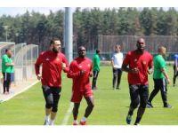 Evkur Yeni Malatyaspor'da Sağlam 6 futbolcuyu gözden çıkardı