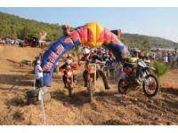 Motosiklet tutkunları Aydıncık'ta buluştu