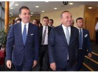Bakan Çavuşoğlu, AB'li yetkililerle bir araya geldi