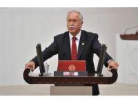 CHP Milletvekili Bülent Bektaşoğlu'ndan müfredat eleştirisi