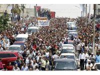 İsrail elçilik görevlisinin öldürdüğü Ürdünlü genç binlerce kişi tarafından toprağa verildi