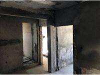Başkan Akgün'den evleri yanan aileye yardım eli