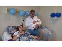 AK Partili belediyeden CHP'li başkana 'Hoşgeldin bebek' sürprizi