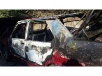 Sakarya'da otomobil alev alev yandı