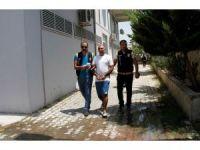 Polisten kaçan cezaevi firarisi havaya ateş ederek yakaladı