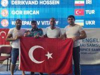 DEAFLYMPİCS Oyunlarında Ercan Gör, serbest güreşte üçüncü olarak bronz madalya kazandı