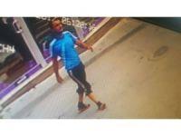 3 hırsız çaldıkları motosiklete binip kaçtı