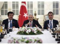 Başbakan Yıldırım, 19 Alman firmasının yetkilileri ile görüşüyor