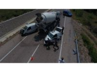 Sinop'ta 2 otomobil çarpıştı: 3 yaralı
