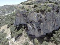 Uşak'taki çevreyolu çalışmasında 2 bin yıllık nekropoller bulundu