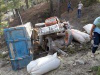 Gülnar'da traktör uçuruma yuvarlandı: 1 yaralı