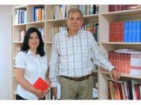 Yaşar Üniversiteli akademisyenlere büyük onur