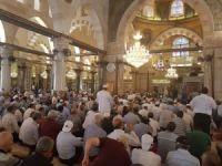 Mescid-i Aksa'da iki haftanın ardından cuma namazı kılındı
