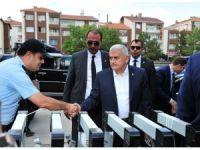 Başbakan Yıldırım cuma namazını Gölbaşı'nda kıldı