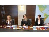 Bakan Özlü'den kadın buluşçulara tam destek