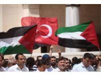 Filistinliler için gıyabi cenaze namazı kıldılar