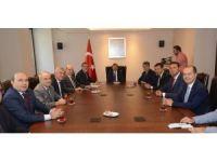 """Çavuşoğlu: """"Bursa'yı birlikte büyüteceğiz"""""""