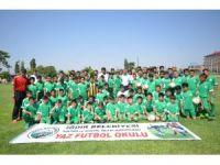 Iğdır'da futbol okuluna yoğun ilgi