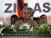 Zimbabve, mahkemeye çıkarılacak 'first lady'sine dokunulmazlık istedi
