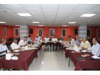 Milli Eğitim Şube Müdürlerine veda yemeği